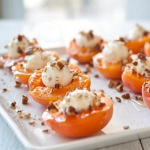 Apricots-Honey2-585x585